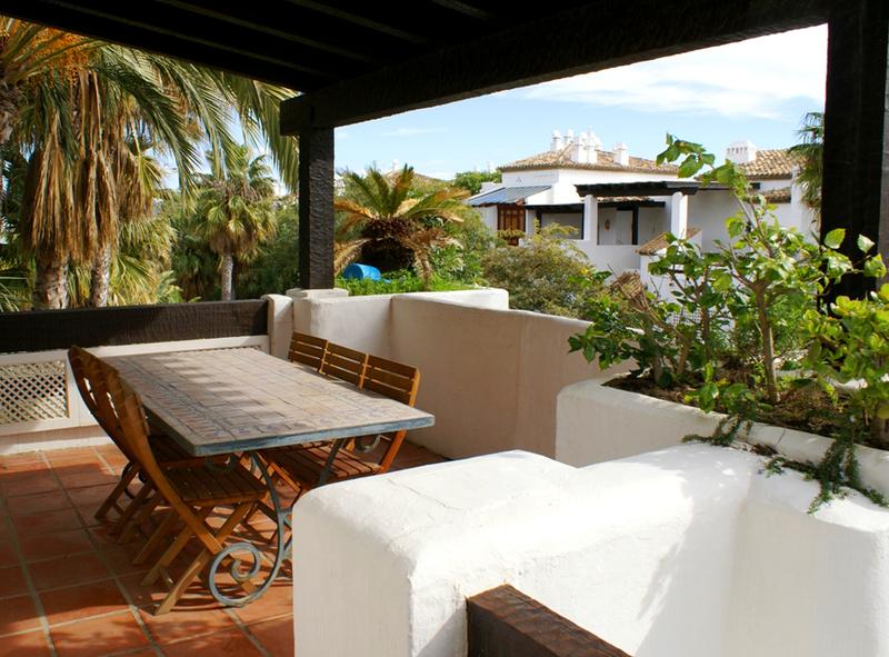 Baños Romanos En Manilva:Atico apartamento en venta en Marina Puente Romano – Marbella 2