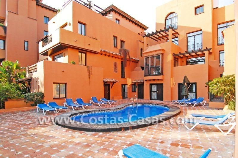 Ganga hotel apartamento del lado playa a la venta en la zona de estepona marbella - Apartamentos en venta en estepona ...