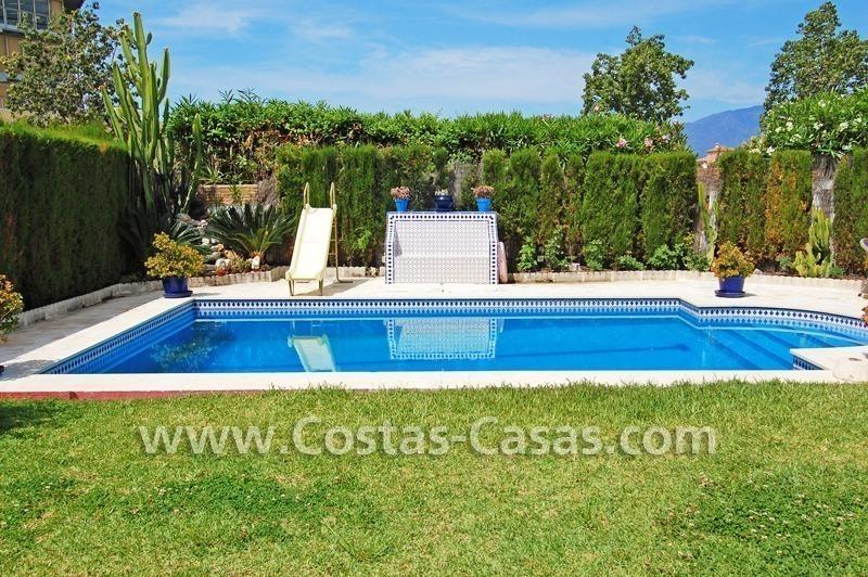 Villa a la venta situada en playa marbella oeste for Villa jardin lanus oeste