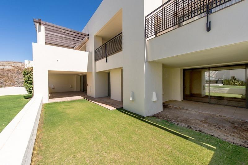 Moderno apartamento lujo golf venta marbella benahavis - Casas de lujo en marbella ...