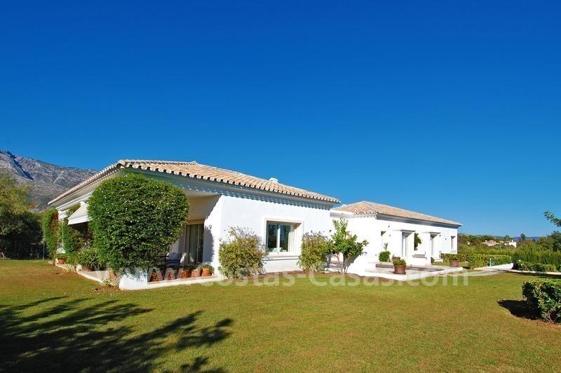 Villa Estilo Moderno Andaluz Comprar Milla Oro Marbella