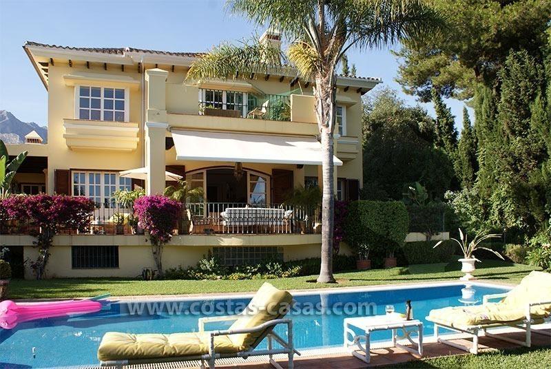 Villa Estilo Andaluz A La Venta Milla Oro Marbella
