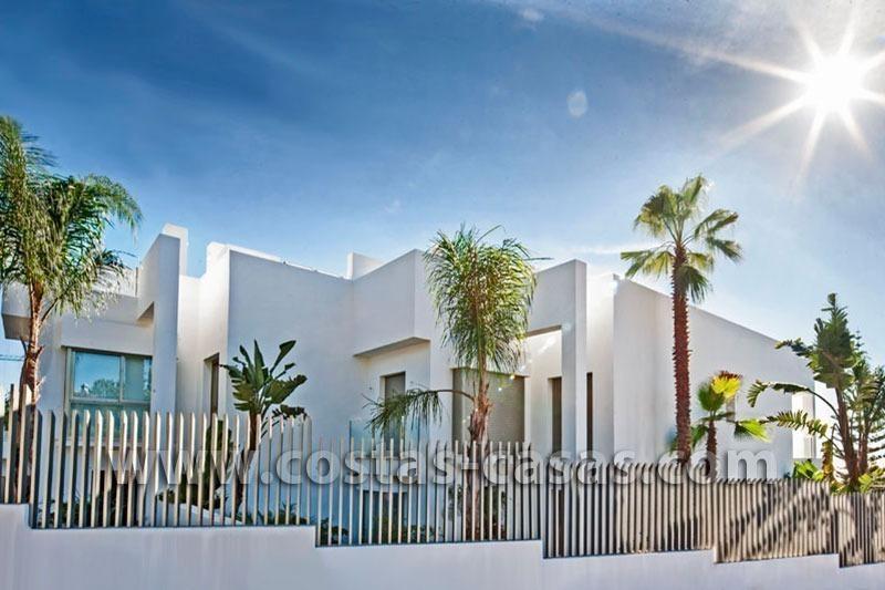 En venta marbella casas adosadas excepcionalmentes lujo - Casa de lujo en marbella ...
