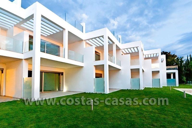 En venta marbella casas adosadas excepcionalmentes lujo - Casas de lujo en marbella ...