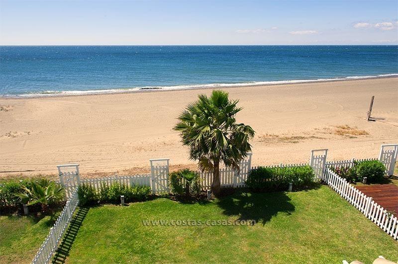 Casa en la playa alquiler vacacional marbella estepona costa del sol - Alquiler apartamentos en estepona ...