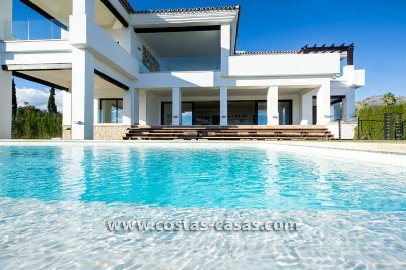 Villa a la venta sierra blanca marbella for Casa moderna bella faccia