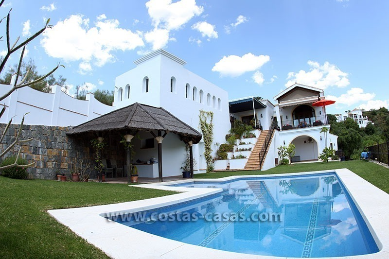 En venta villa clasica country club benahav s marbella for Casa clasica country