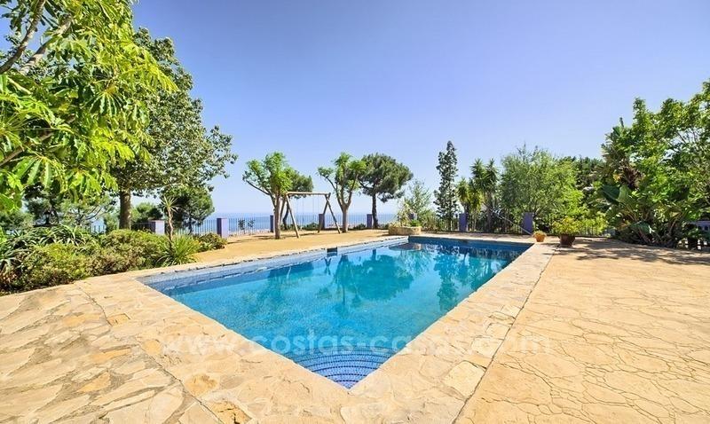 Villa finca en venta en estepona con vistas panor micas al mar for Finca villa jardin piedecuesta