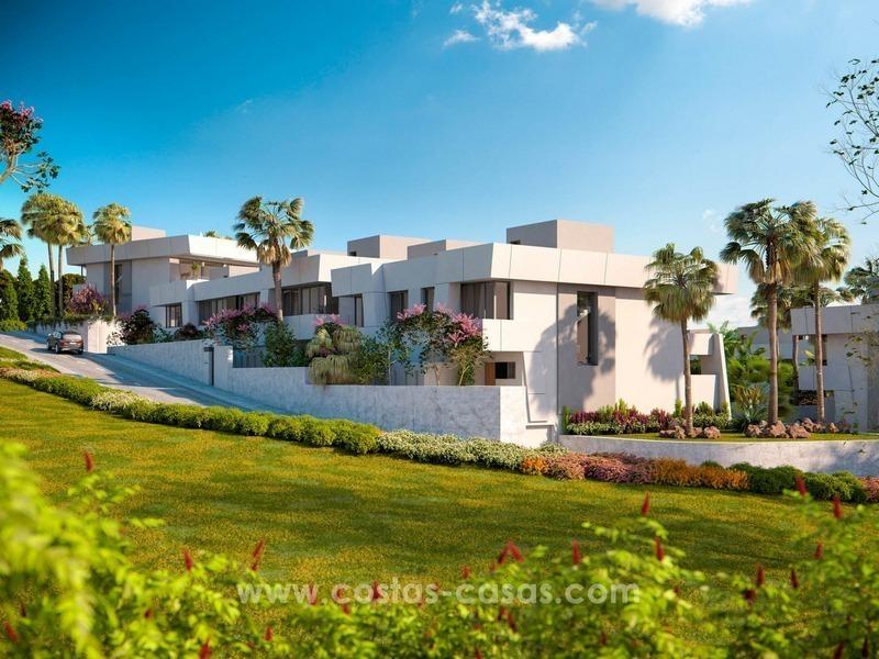 Casas adosadas modernas de lujo en venta en marbella este - Casa de lujo en marbella ...
